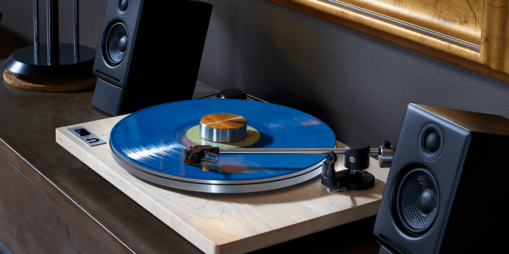 featured image for the best turntable that costs under 500 list